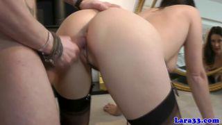 Der geile Porno Star Debi Diamond beim Blowjob