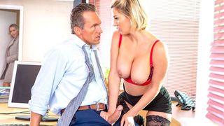 Die grossen Titten der geilen Porno Gabi