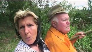 Entflammter Porno mit alte Frauen und Daniela