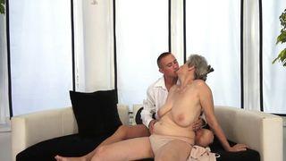 Hardcore Sex Pornos mit Milf