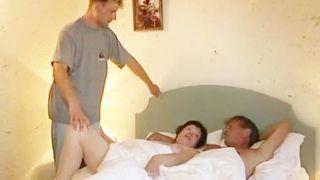 MILF liebt ihre Partner Schwanz
