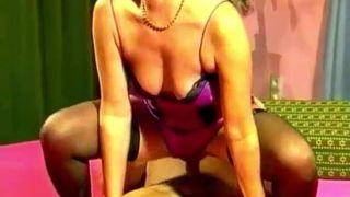 Mutter Elke braucht Inzest Sex mit eigenem Sohn