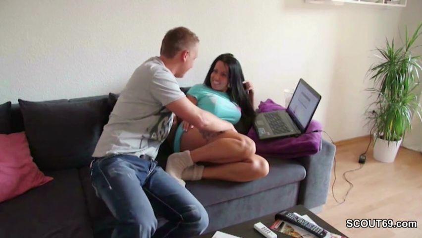 Hausfrauen Porno mit geilen Amateur Bräuten