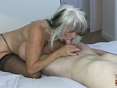 sehr alte frau haarige pussy